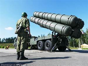 Vladimir Putin deploys advanced anti-aircraft missile ...