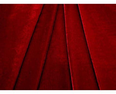 canape en bois et tissu tissu velours théâtre