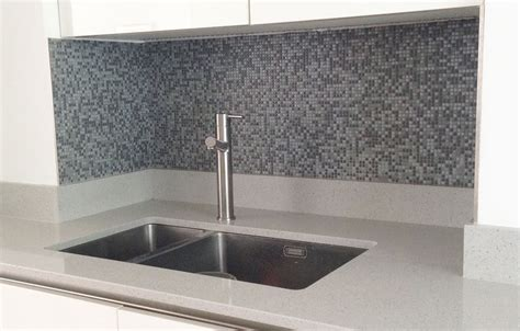 how to tile kitchen splashback mosaic splashback an easy weekend tiling project growngals 7369