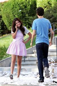 Selena Gomez and Nat Wolff Photos Photos - Selena Gomez ...