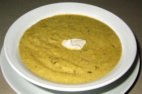 cuisiner l oseille soupe à l 39 oseille ma cuisine santé