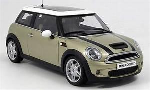 Mini Cooper Beige : mini cooper s beige bands blacks 2006 autoart diecast model car 1 18 buy sell diecast car on ~ Maxctalentgroup.com Avis de Voitures