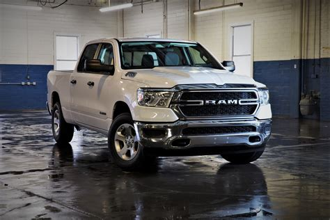 Ram's 2019 1500 Tradesman Is A 6seater Truck Tailored To
