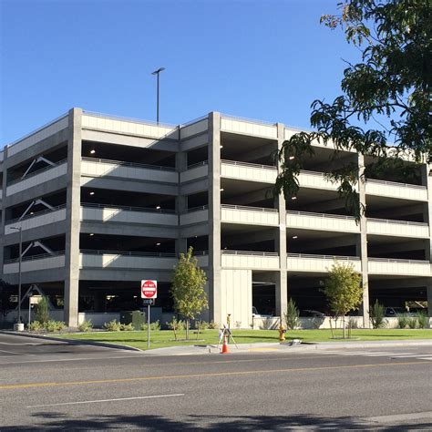 washington park garage file kadlec parking garage richland washington jpg