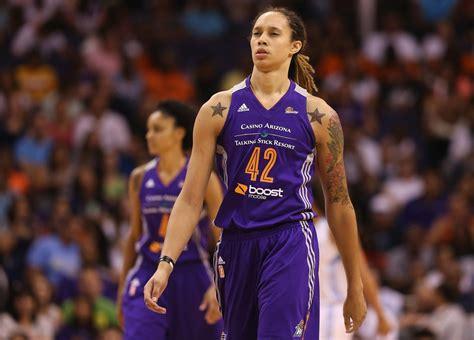 top  tallest female basketball players   wnba