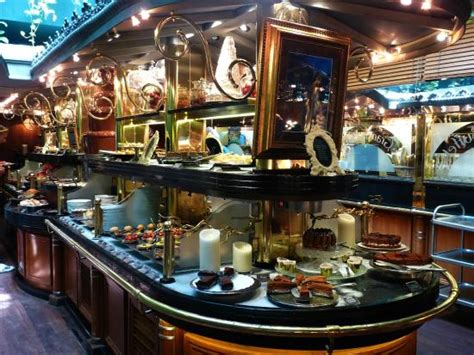 cuisine narbonne les grands buffets picture of les grands buffets