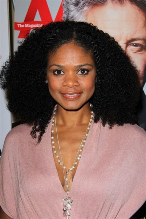 20 medium natural hairstyles for bright and stylish