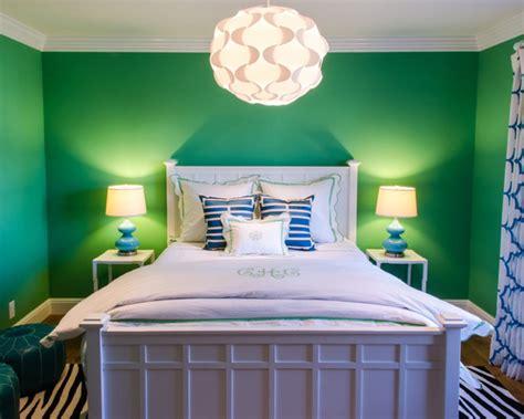 kelly green interior decor  paints interiors  color