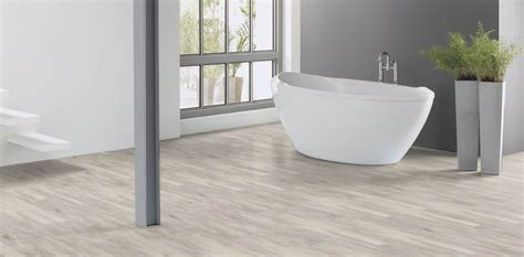 White Wash Wood: Beautifully designed LVT flooring from
