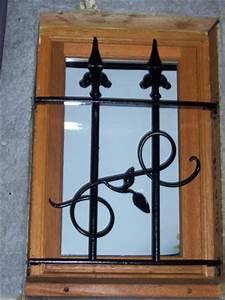 Grille De Protection Fenêtre : petite grille de protection fen tre l 39 art de la ~ Dailycaller-alerts.com Idées de Décoration