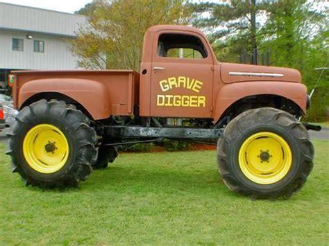 grave digger north carolina monster truck 13 best grave digger digger s dungeon images on