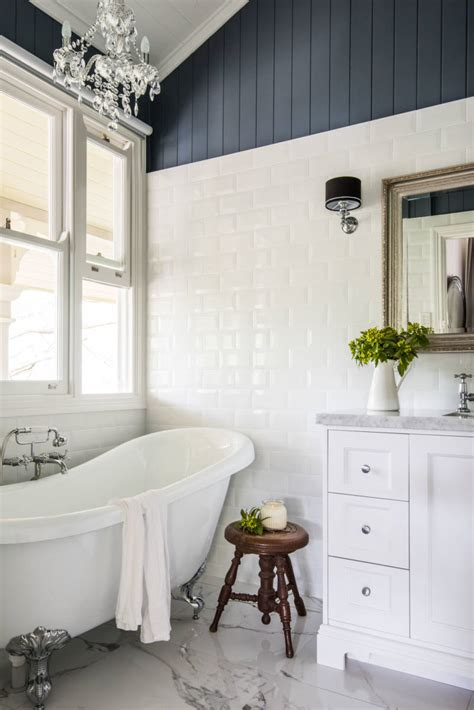 hamptons style bathrooms inspired space  builders wife