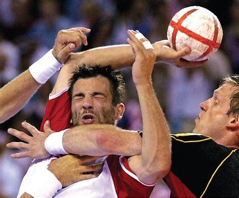 aspetar sports medicine journal shoulder issues