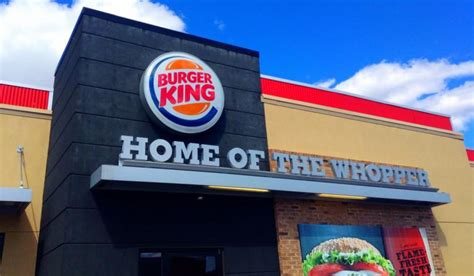 Burger king is heating up the coffee subscription business. Burger King Launches $5 Coffee Subscription Service - QSR ...