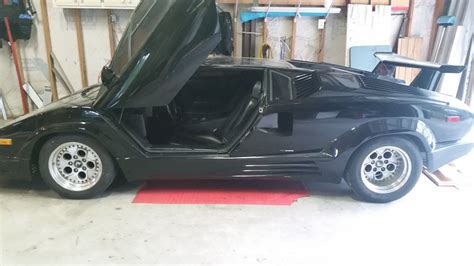 lamborghini countach   sale