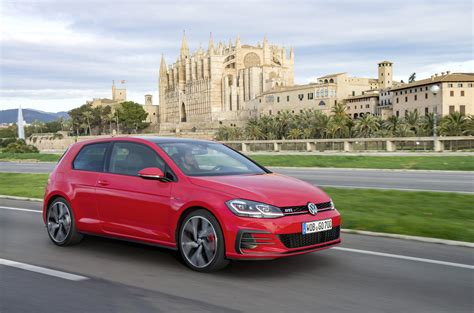 volkswagen golf 2017 volkswagen golf gti review caradvice