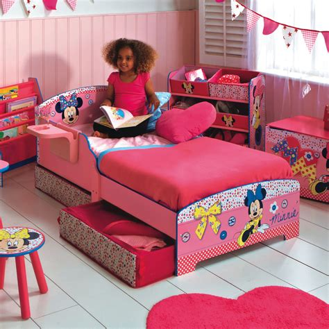 minnie mouse bedroom ideas minnie mouse toddler bedroom bedroom at real estate