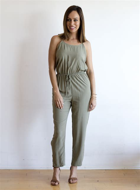 How To Wear Jumpsuits for Different Body Types | 2017 Fashion Trends