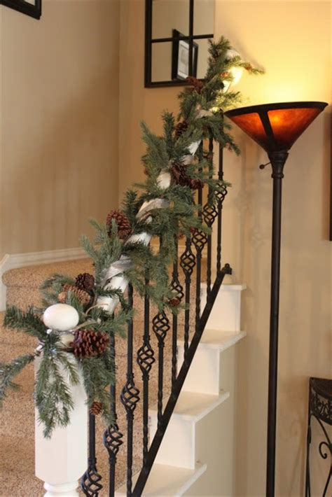 images  christmas staircase decor