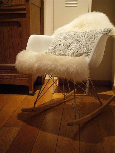 chaise à bascule ikea chaise à bascule eames peau de mouton ludde ikea