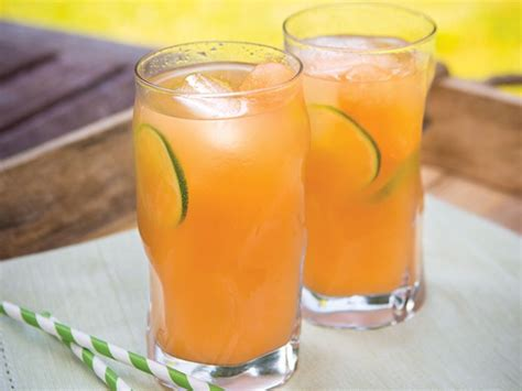 blended alcoholic drinks top 10 captain morgan drinks with recipes