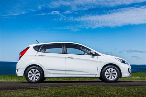 Accent Hyundai 2015 by 2015 Hyundai Accent Pricing And Specifications Photos