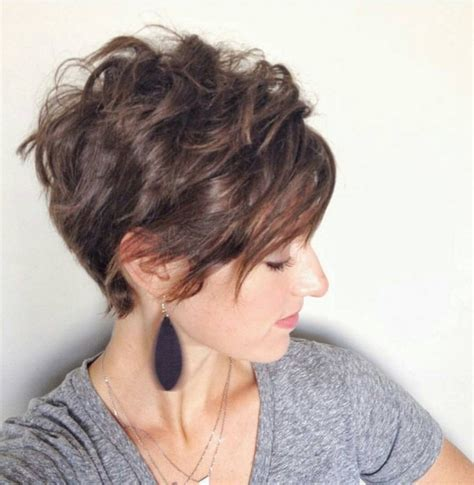 Pixie Hairstyles For Thick Curly Hair by 20 Lovely Wavy Curly Pixie Styles Hair Popular