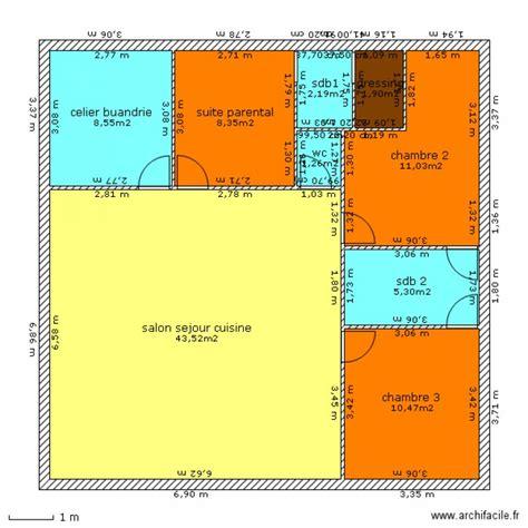 maison plein pied carre plan  pieces   dessine par