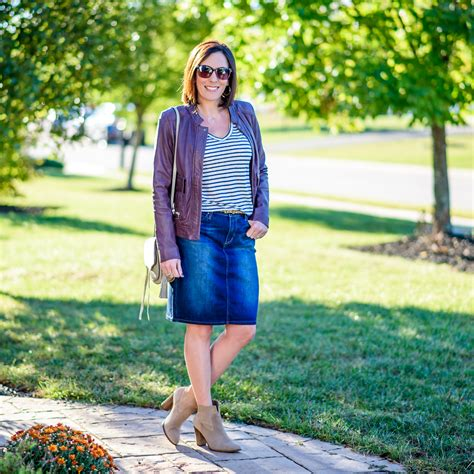 Jean Skirt Outfit for Fall