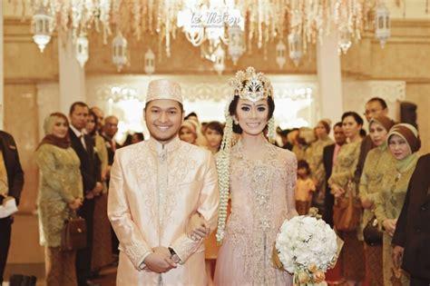 susunan proses upacara pernikahan  adat sunda