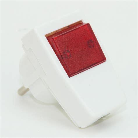 16a stecker mit schalter schutzkontakt stecker winkelstecker weiss 250v 10a mit schalter beleu