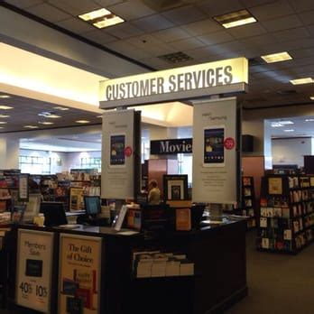 barnes and noble contact barnes noble booksellers 35 photos 20 reviews