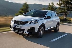 Voiture Collaborateur Peugeot : le suv peugeot 3008 lu voiture de l 39 ann e actualit automobile motorlegend ~ Medecine-chirurgie-esthetiques.com Avis de Voitures