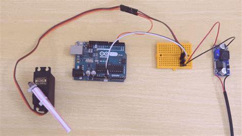 controlling servo motor setting angle  arduino ide