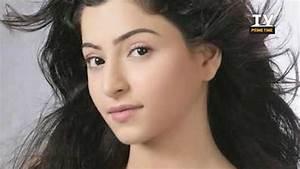 REAL AGES of Moh Moh Ke Dhaage Serial | Eijaz Khan, Niyati ...