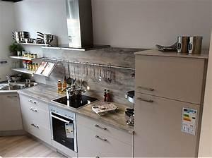 Küchen Ohne Geräte L Form : nobilia musterk che moderne xeno k che in l form ausstellungsk che in k ln von k chenstudio ~ Indierocktalk.com Haus und Dekorationen