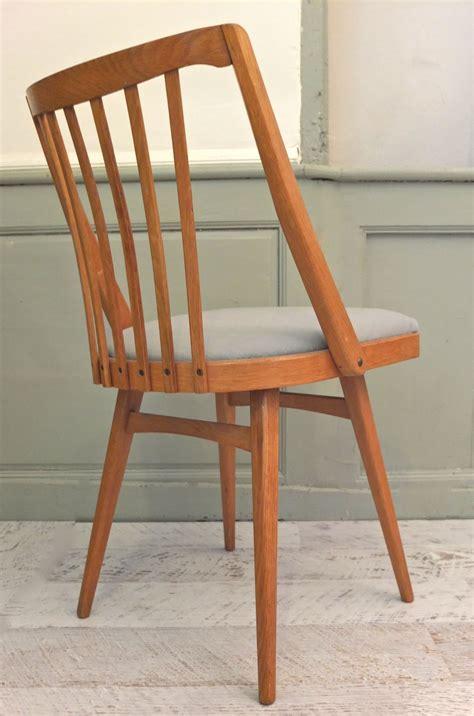 chaises style scandinave slavia vintage mobilier vintage chaise de style