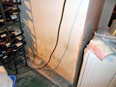 probleme d humidite mur interieur traiter un mur humide wikilia fr