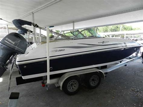 Deck Boat Yamaha by 1000 Ideas About Hurricane Deck Boat On Kayak