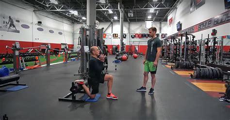 boyle mike split squats training face
