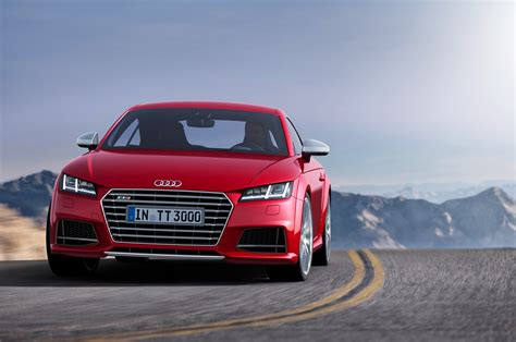 2018 Audi Tt S Front End In Motion Photo 31