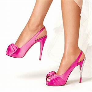 Pics Of Brides In Fuschia Shoes
