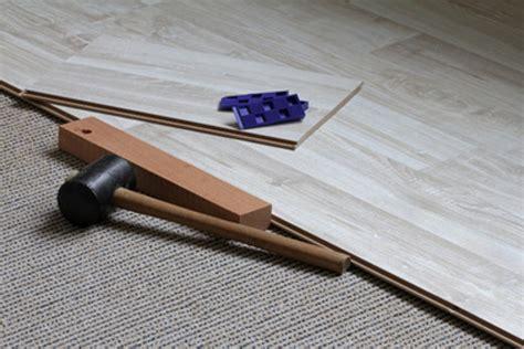 Klick Laminat Auf Teppich Verlegen neuer bodenbelag auf alten teppich legen geht das