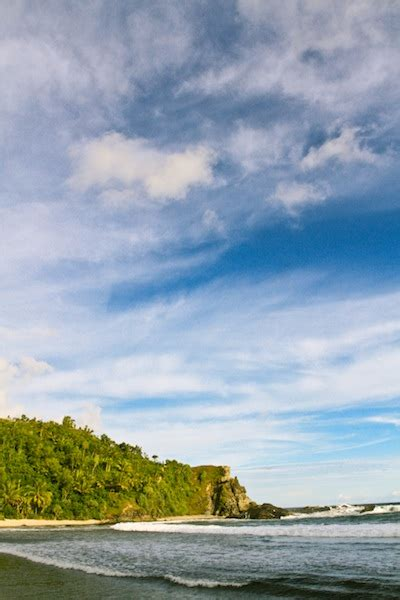 wisata pantai jogja  pantai siung yogyakarta bomanta
