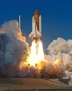 STS-99 KSC-00PP-0221 - STS-99 Endeavour lifts off from ...