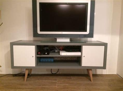 peinture meuble cuisine v33 meuble télé esprit scandinave diy avec kallax bidouilles