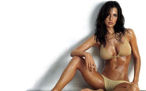 Kelly Kelly Monaco Wallpaper Fanpop