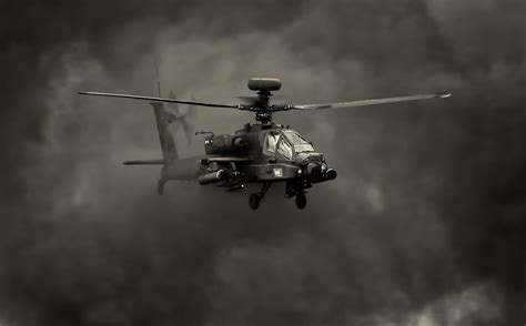 Free Apache Helicopter Wallpaper
