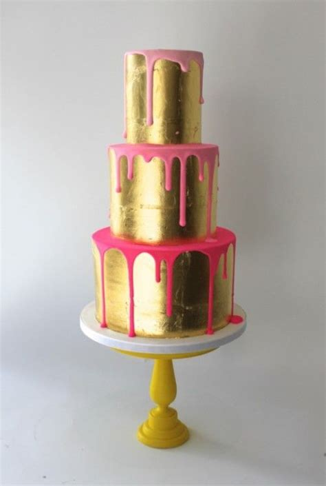 latest  wedding cake trend color drip cakes arabia