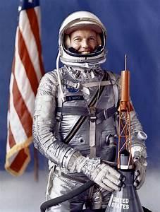 Astronaut L. Gordon Cooper - Apollo 11 - example design